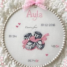 Etamin Askina (@etamin_fhmy) | Instagram photos and videos Hand Embroidery Art, Hand Embroidery Videos, Creative Embroidery, Embroidery Stitches, Embroidery Designs, Cross Stitch Alphabet Patterns, Modern Cross Stitch Patterns, Cross Stitch For Kids, Cross Stitch For Baby