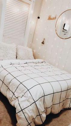 Minimalist Bedroom 637400153497925314 - 10 Minimalistic Room Decor Ideas – Source by Cute Bedroom Ideas, Cute Room Decor, Teen Room Decor, Bedroom Inspo, Bedroom Colors, Bedroom Inspiration, Wall Decor, Diy Wall, Attic Bedroom Ideas For Teens