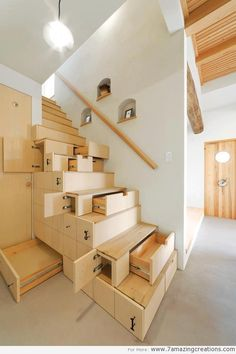 The modern (and more efficient) version of hiding stuff under your floorboards. #spacesaving #homedesign #architecture