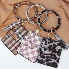 Diy Keychain Wallet, Cute Keychain, Leather Keychain, Keychain Design, Louis Vuitton Keychain, Key Rings, Bangles, Girly Car, Buy Wholesale