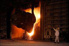 Acier martensitique Steel Mill, 20 Years Old, Heavy Metal, Pop Up, Light Bulb, It Cast, Industrial, Concept, How To Plan
