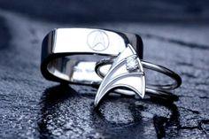 Star Trek wedding rings..... I want.