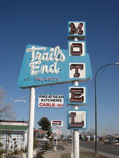 Trails End Motel
