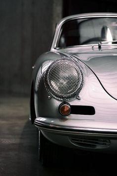 #VintageCar #CollectorsCar #ClassicCars #SpecialityCar #AntiqueCar PLEASE FOLLOW BOARD