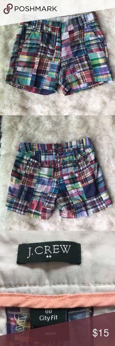 "J. Crew shorts size 00. Adorable patch work J. Crew shorts. Size 00. Waist measures 28"", inseam is 5"". J. Crew Shorts"