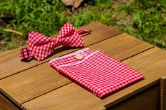Hey, I found this really awesome Etsy listing at https://www.etsy.com/listing/232541654/buttoned-pocket-square-with-matching-bow