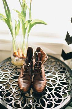 Celeste 's winter wedding boots. Cameron & Mindy of Braun Photography #winterwedding #weddingboots