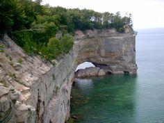 Pictured Rocks National Lakeshore : Climbing, Hiking & Mountaineering : SummitPost