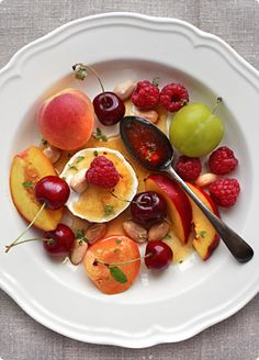 Summer Fruit & cheese Plate, the perfect #breakfast #alchimissa #bedandbreakfast #sardinia www.alchimissa.it