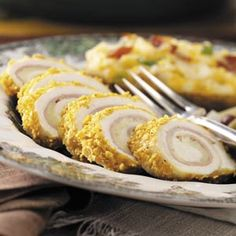 Chicken Cordon Bleu Rolls Recipe from Taste of Home -- shared by Merle Dyck of Elkford, British Columbia Devon, Cordon Bleu Recipe, Chicken Cordon Bleu, Cereal Recipes, Cupcakes, Snacks, Dessert, So Little Time, The Best