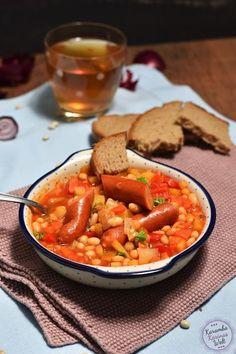 Rezept für weiße Bohneneintopf mit Debrecziner. Die Suppe ist schön wärmend und wohltuend für Körper und Seele.