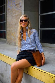 Stylist Jessica De Ruiter. Love her outfit from the Benjamin Eyewear sunglasses to her leather file bag!