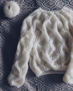 Knitting Terms, Baby Hats Knitting, Sweater Knitting Patterns, Knitting Designs, Knitting Projects, Hand Knitting, Knitted Hats, Crochet Patterns, Drops Kid Silk