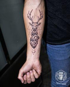 Tattoo par Jean-Sébastien HvB chez David Tattoo Pertuis France, daviddepertuis.com #Mandala #Tattoo #Tatouage #Arm #Geometry #Bras #Blackandgrey #Noiretblanc #Fineline #Fineart #Cerf #Deer #Heart #Anatomy #Coeur More Art & Tattoos :...