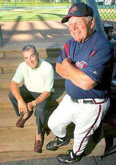 John Schuerholz & Bobby Cox. Two of the smartest men in baseball!!