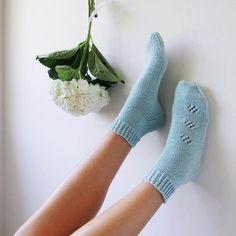 tricot : des Chaussettes en coton - Light cotton knitted socks DIY