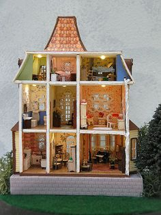 Dollhouse- The Beacon Hill 1/144th Scale Micro Mini Lighted Miniature