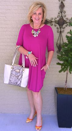 TRAVELING - 50 IS NOT OLD | Bright and Colorful | Casual and Comfortable | Dress with pockets | Fashion over 40 for the everyday woman