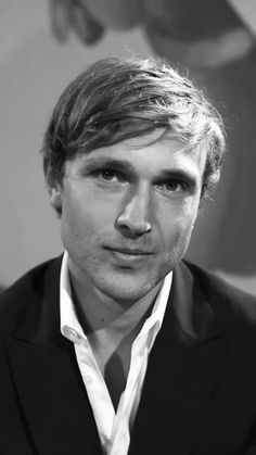 William Moseley, Video, Twitter