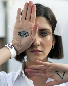 cris herrmann Brazilian Models, Ink, Tattoos, Lifestyle, Hair, Whoville Hair, Irezumi, Tattoo, Tattoo Illustration
