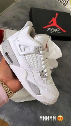 Dr Shoes, Cute Nike Shoes, Swag Shoes, Cute Nikes, Cute Sneakers, Nike Air Shoes, Hype Shoes, Jordans Sneakers, Air Jordans