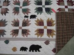 Quilt White w/ Patchwork Bears & 2 Shams - Bear Claw Pattern