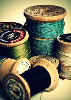 Items similar to Sewing Photography - Still Life Photography - Spools Of Joy - Green - Blue - Tan - Fine Art Photography Print on Etsy Sewing Tools, Sewing Crafts, Sewing Projects, Learn Sewing, Vintage Sewing Notions, Vintage Sewing Machines, Thread Spools, Needle And Thread, Needle Book
