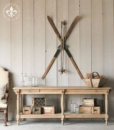 how to hang your antique or vintage skis h tten holzwurm und campingpl tze. Black Bedroom Furniture Sets. Home Design Ideas