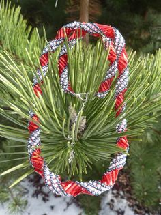 Red ribbon beaded necklace Red Ribbon, Beadwork, Beaded Necklace, Christmas Tree, Pendants, Holiday Decor, Red Lace, Teal Christmas Tree, Pearl Necklace