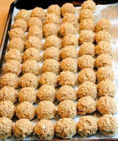 """This is my family's all time favorite cookie recipe. They're so popular we've dubbed them the """"Magic Oatmeal Cookies"""". Maple Candy Recipe, Candy Recipes, Cookie Recipes, Best Oatmeal Cookies, Favorite Cookie Recipe, Thing 1, Maple Glaze, Confectioners Sugar, Baking Soda"""