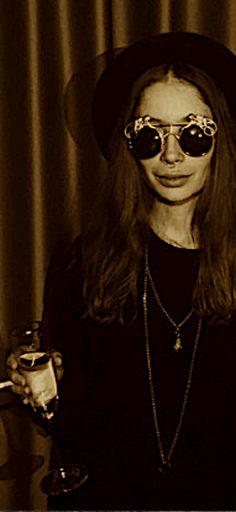 e198896e3dac A performer wears Mercura NYC Golden Monkey brass Art Sunglasses