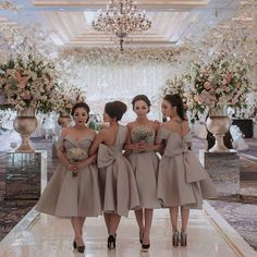 Braids Dresses Pictures team bridesmaid araolivelovestory in 2019 braids maid Braids Dresses. Here is Braids Dresses Pictures for you. Braids Dresses fashion a. African Bridesmaid Dresses, African Wedding Attire, Bridesmaid Outfit, Wedding Bridesmaid Dresses, Bridal Dresses, Wedding Gowns, Prom Dresses, Bridemaids Shoes, Braids Maid Dresses