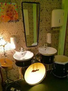 Eski müzik aletini değerlendirme