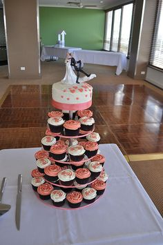 Coral and cream wedding cupcakes
