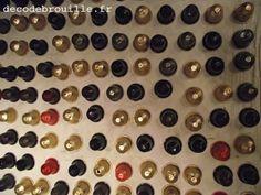 J'ai reçu plusieurs mails me demandant des infos sur la résine utilisée pour le traitement des capsules et sur la méthode employée d'une manière générale pour la création de bijoux, notamment. Ce n'est pas un secret. Je n'ai simplement jamais pris le...