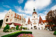 This day trip takes you from Vienna to the Wachau, a picturesque valley along the Danube, known for its excellent wine. Day Trips From Vienna, Vienna State Opera, Bus Travel, Medieval Castle, Boat Tours, Walking Tour, World Heritage Sites, Beautiful Landscapes, Countryside