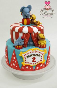 Circus Cake for a baby shower! Circus Theme Cakes, Carnival Cakes, Themed Cakes, Carnival Ideas, Circus 1st Birthdays, Carnival Birthday Parties, Circus Birthday, Circus Party, Birthday Sweets