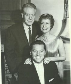 Magazine photo of Nelson Eddy, Jeanette MacDonald and Gordon MacRae for the Lux Video Theatre Show in 1956 - ESCANO COLLECTION