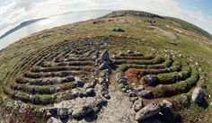 Mysterious stone labyrinths in northwest Russia which predate Egyptian pyramids are still big puzzle for researchers Labyrinth Maze, Art And Hobby, Archaeological Discoveries, Medicine Wheel, Prehistory, World Heritage Sites, Beautiful Landscapes, Archaeology, Nature