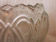 Rose Bowl EAPG Feathered Arrow Pattern Glass by MendozamVintage, $19.99