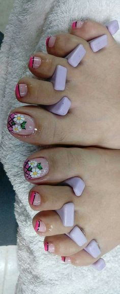 Pedicure Designs, Pedicure Nail Art, Toe Nail Designs, Toe Nail Art, Mani Pedi, Cute Toe Nails, Cute Toes, Purple And Pink Nails, Pretty Designs