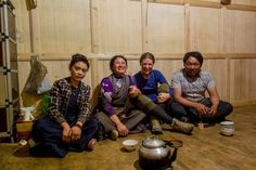 Tibetan hospitality, a high road, Seda to Litang - China - Bicycle Touring - TwistingSpokes