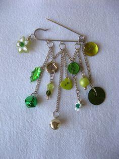 Button jewelry  silvertone  brooch kilt pin   silver & by pupinka, $20.00