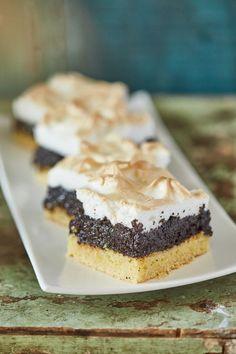 Habos mákos kocka | Street Kitchen Ketogenic Recipes, Diet Recipes, Vegan Recipes, Recipies, Keto Results, Keto Dinner, Cake Cookies, Cheesecake, Food And Drink