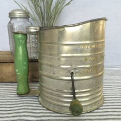 This beautiful lighter metal Bromwells measuring sifter is so full of charm and character. The metal is embossed with gorgeous lettering and is
