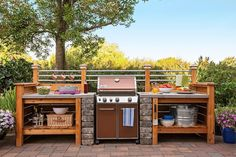 Get the look of an expensive outdoor kitchen without the cost. Surround a gas grill with a modular DIY structure that you can customize. Learn how to get started with the link in profile. #lowes #outdoorkitchen #diy #outdoorliving