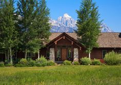 Beautiful custom home 10 minutes north of the town of Jackson Hole in Lower Cascade neighborhood.  Stunning Teton Mountain Range views.  5,600 interior square feet of living space. $4,600,000. Jackson Hole, Wyoming. (13-1616) www.spackmansinjh.com