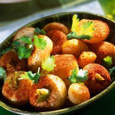 Découvrez la recette Petits navets confits au paprika sur cuisineactuelle.fr.