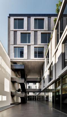 Dolce Office Building / Piuarch