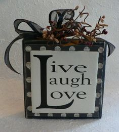 Live Laugh Love wood block sign by huckleberrylady on Etsy 2x4 Crafts, Wood Block Crafts, Vinyl Crafts, Wooden Crafts, Vinyl Projects, Wood Blocks, Home Crafts, Crafts To Make, Craft Projects